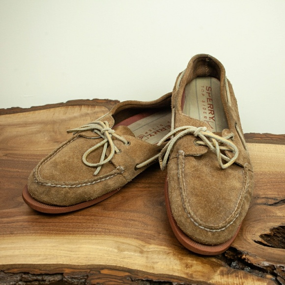 bd6014d6b79 Suede Sperry Boat Shoes size 11